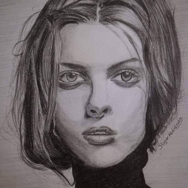 فتاة من الغربية تبدع فى الرسم (7)