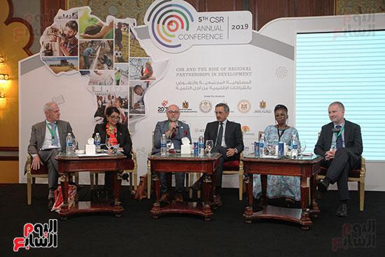 جلسات مؤتمر المسؤولية المجتمعية (6)