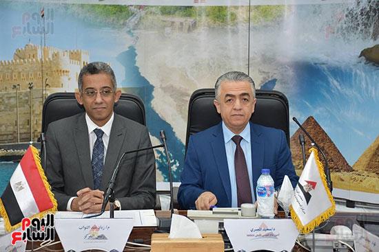 توقيع برتوكول تعاون في مركز المعلومات لمجلس الوزراء (1)