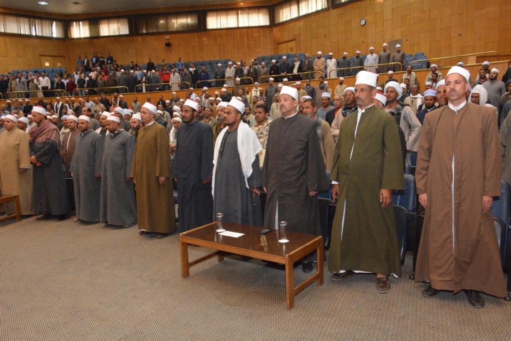 شلقامى يختتم منتدى جامعة أسيوط للحوار الوطنى (1) - Copy