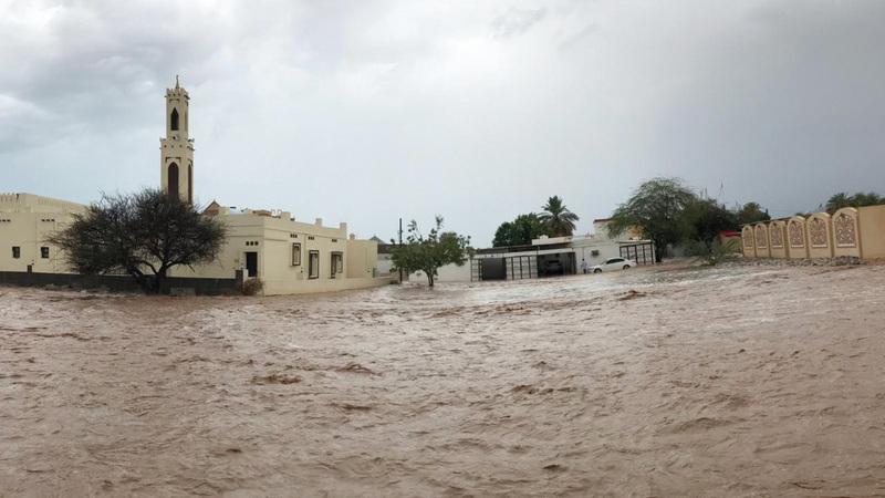 منطقتا الحيل والفحلين من أكثر المناطق تضرراً بالامطار
