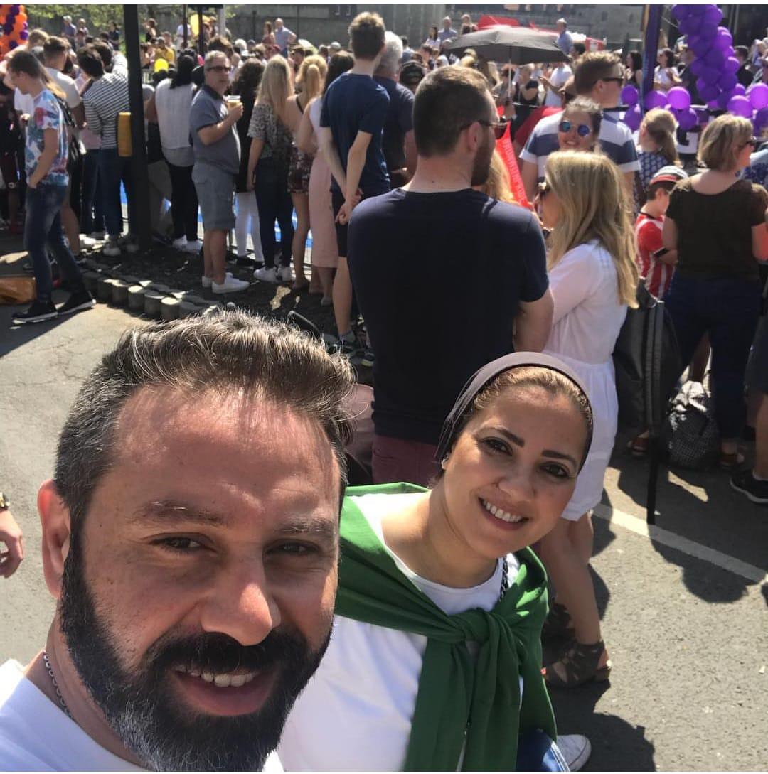 حازم إمام و زوجته