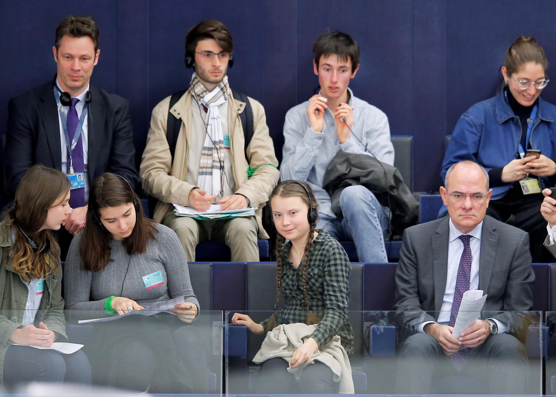 الطفلة السويدية جريتا ثانبيرج داخل البرلمان الأوروبى (6)