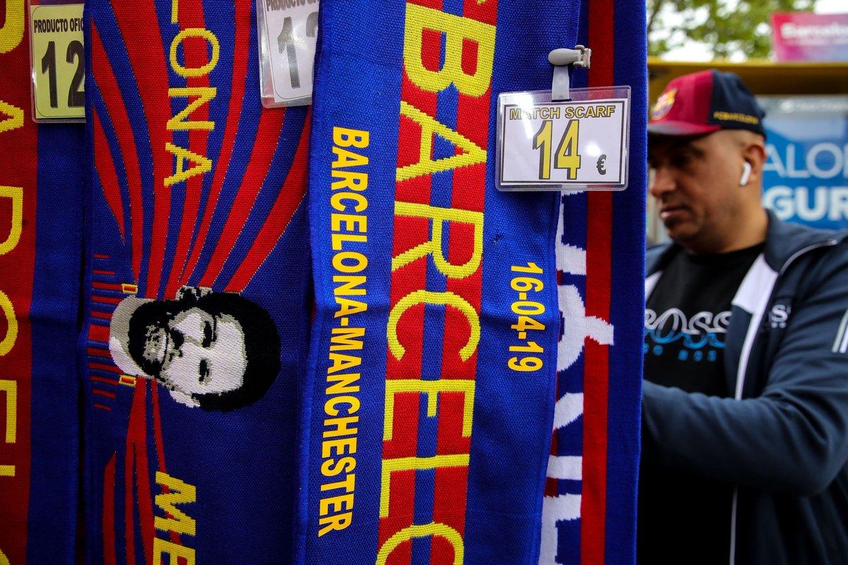 الجماهير قبل قمة برشلونة ضد مانشستر يونايتد (5)