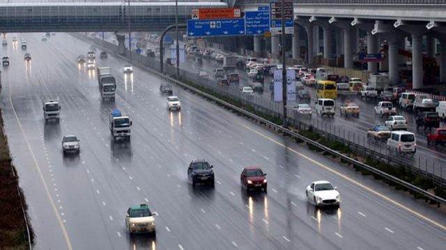 الامطار فى الامارات شهدت اعلى معدلاتها خلال العام الحالى (1)