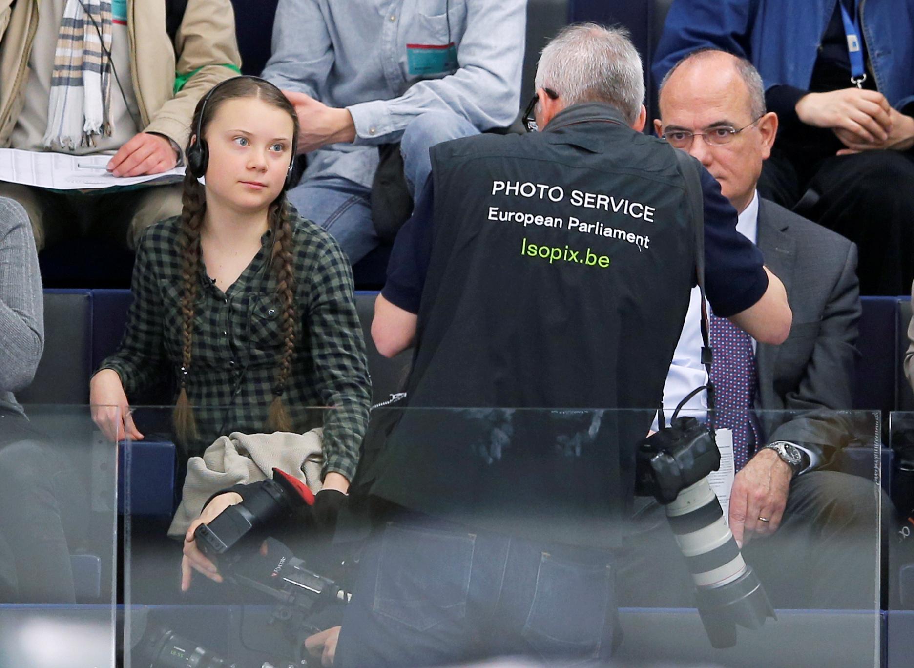 الطفلة السويدية جريتا ثانبيرج داخل البرلمان الأوروبى (4)