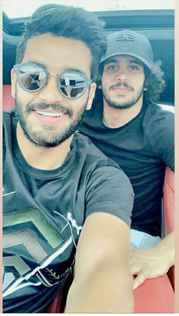 عبد الله جمعة مع شقيقه صالح جمعة