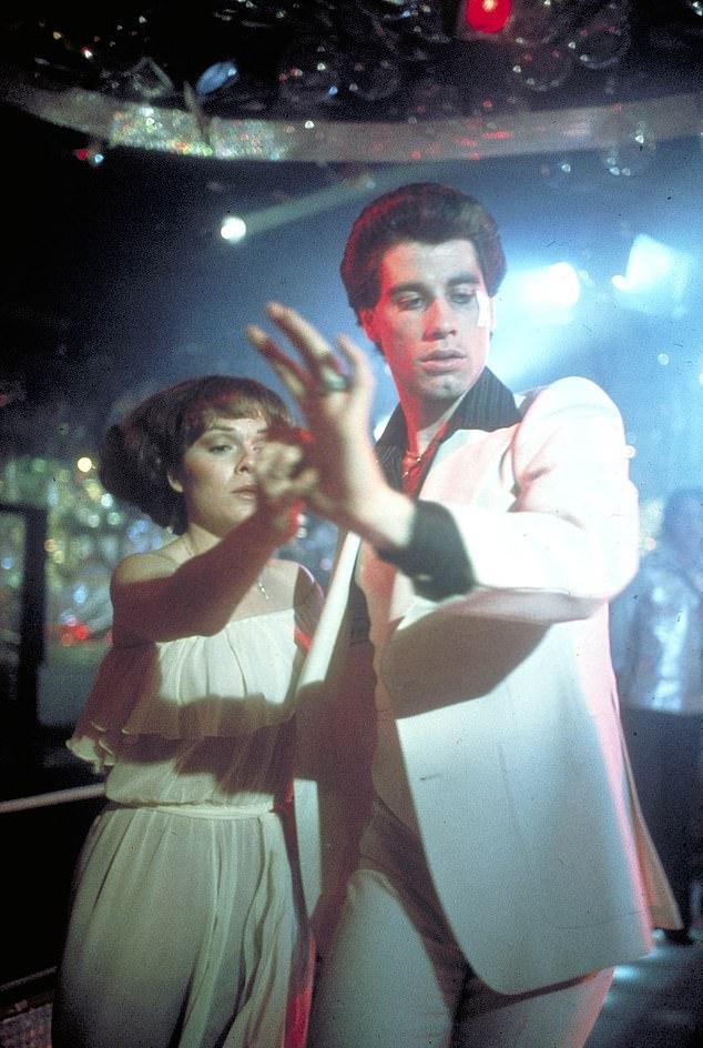 جون ترافولتا من فيلم حمى يوم السبت