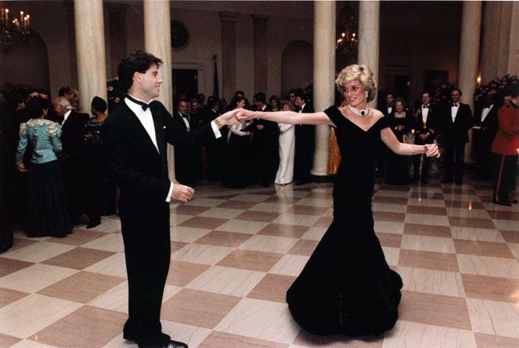 جون ترافولتا مع الأميرة ديانا