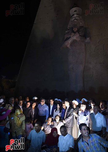 رئيس الوزراء يشارك فى إزاحة الستار عن التمثال الثالث للملك رمسيس الثاني بالأقصر (4)