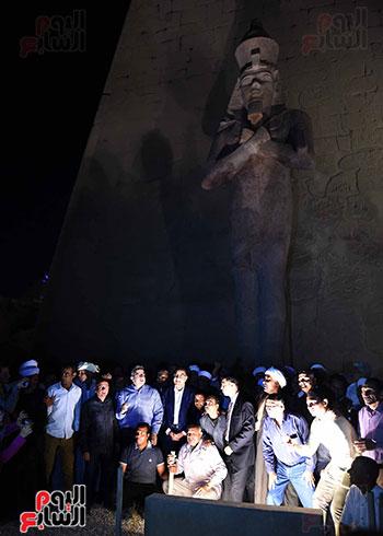 رئيس الوزراء يشارك فى إزاحة الستار عن التمثال الثالث للملك رمسيس الثاني بالأقصر (3)