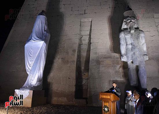 رئيس الوزراء يشارك فى إزاحة الستار عن التمثال الثالث للملك رمسيس الثاني بالأقصر (13)