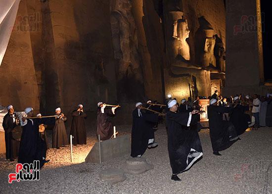 رئيس الوزراء يشارك فى إزاحة الستار عن التمثال الثالث للملك رمسيس الثاني بالأقصر (7)