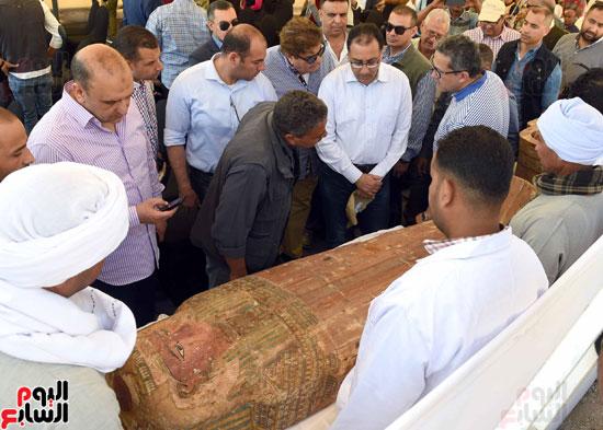 رئيس الوزراء يزور منطقة وادي الملوك في مستهل جولته بالأقصر (2)