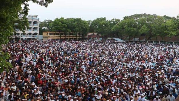 تشييع جثمان فتاة التحرش الجنسى فى بنجلاديش