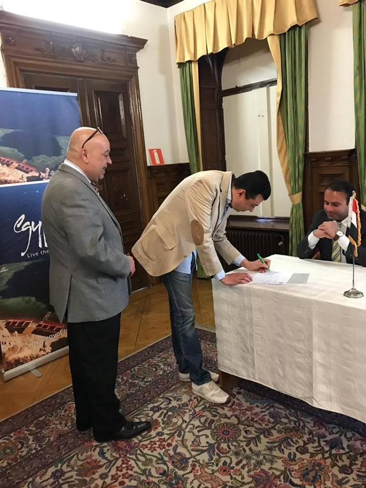 تزايد إقبال المصريين فى السويد (4)