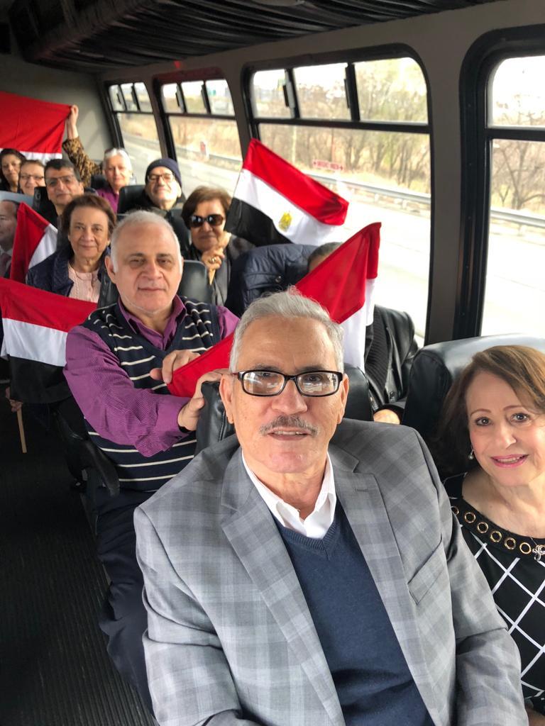 الجالية المصرية تتوجه إلى مقر الانتخاب