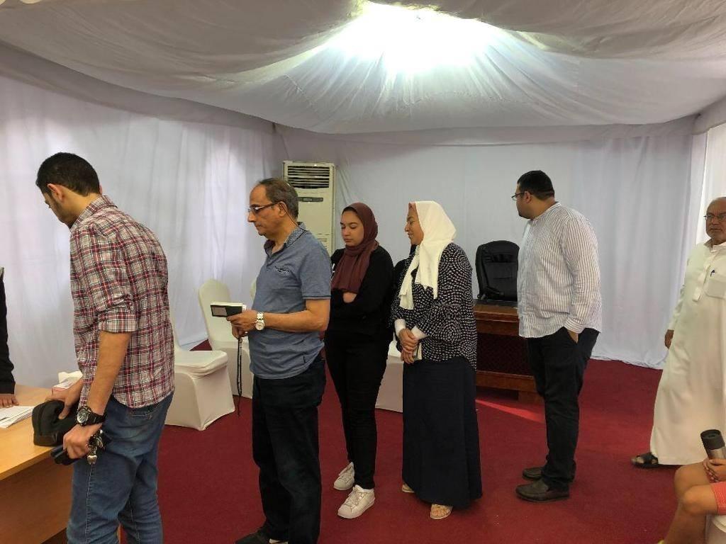 المصريون فى الخارج يحرصون على الإدلاء بصوتهم فى الاستفتاء على التعديلات الدستورية