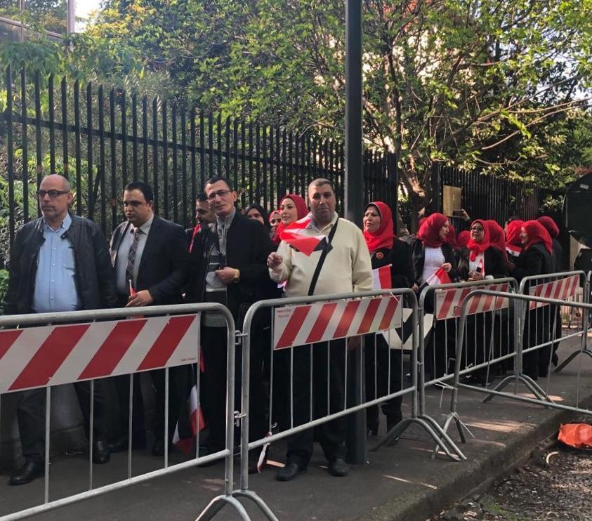 المصريين يدلون بأصواتهم فى استفتاء التعديلات الدستورية