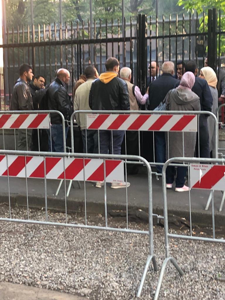 تصويت المصريين فى قنصلية ميلانو