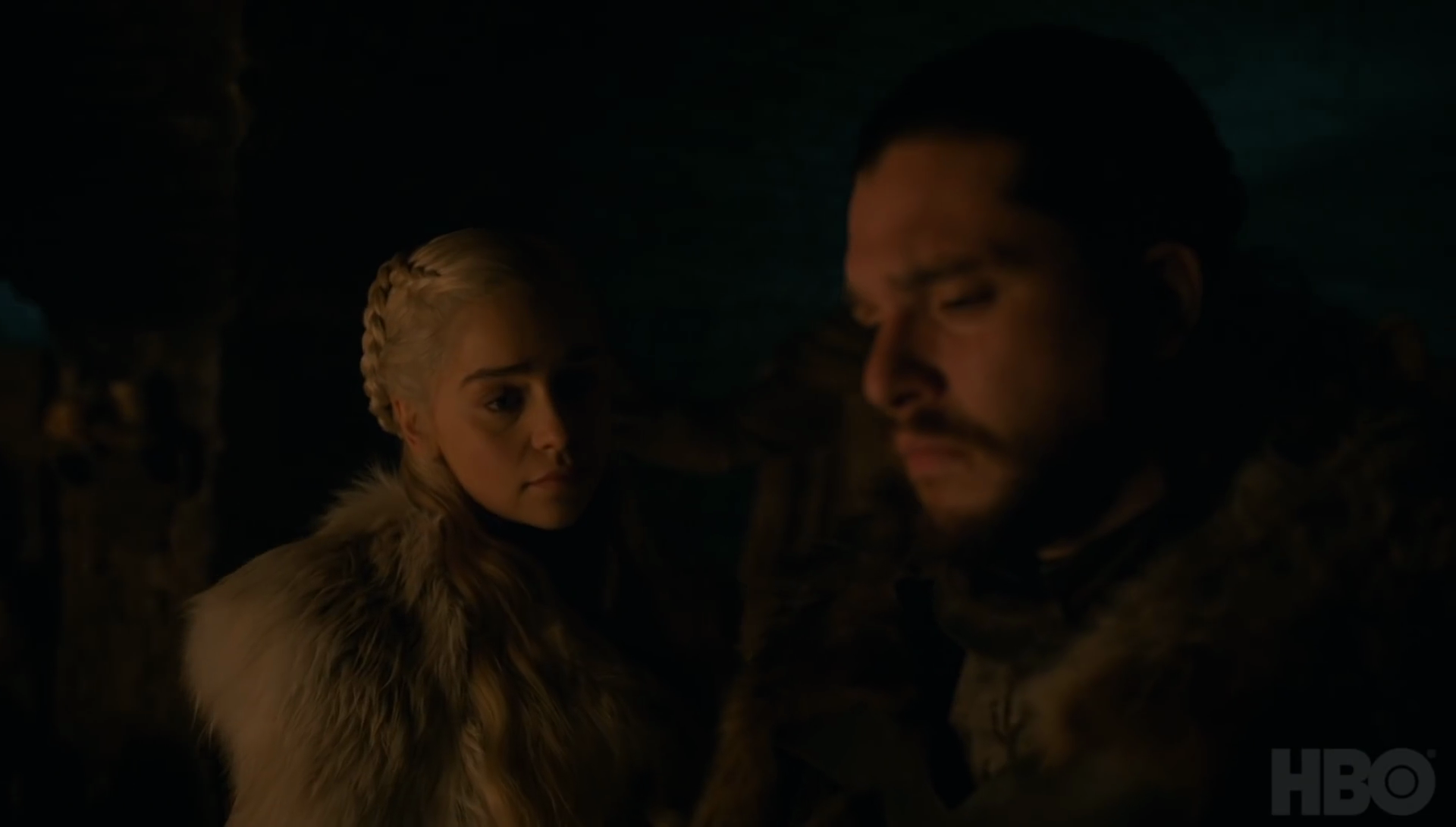 jon-snow-and-daenerys-targaryen