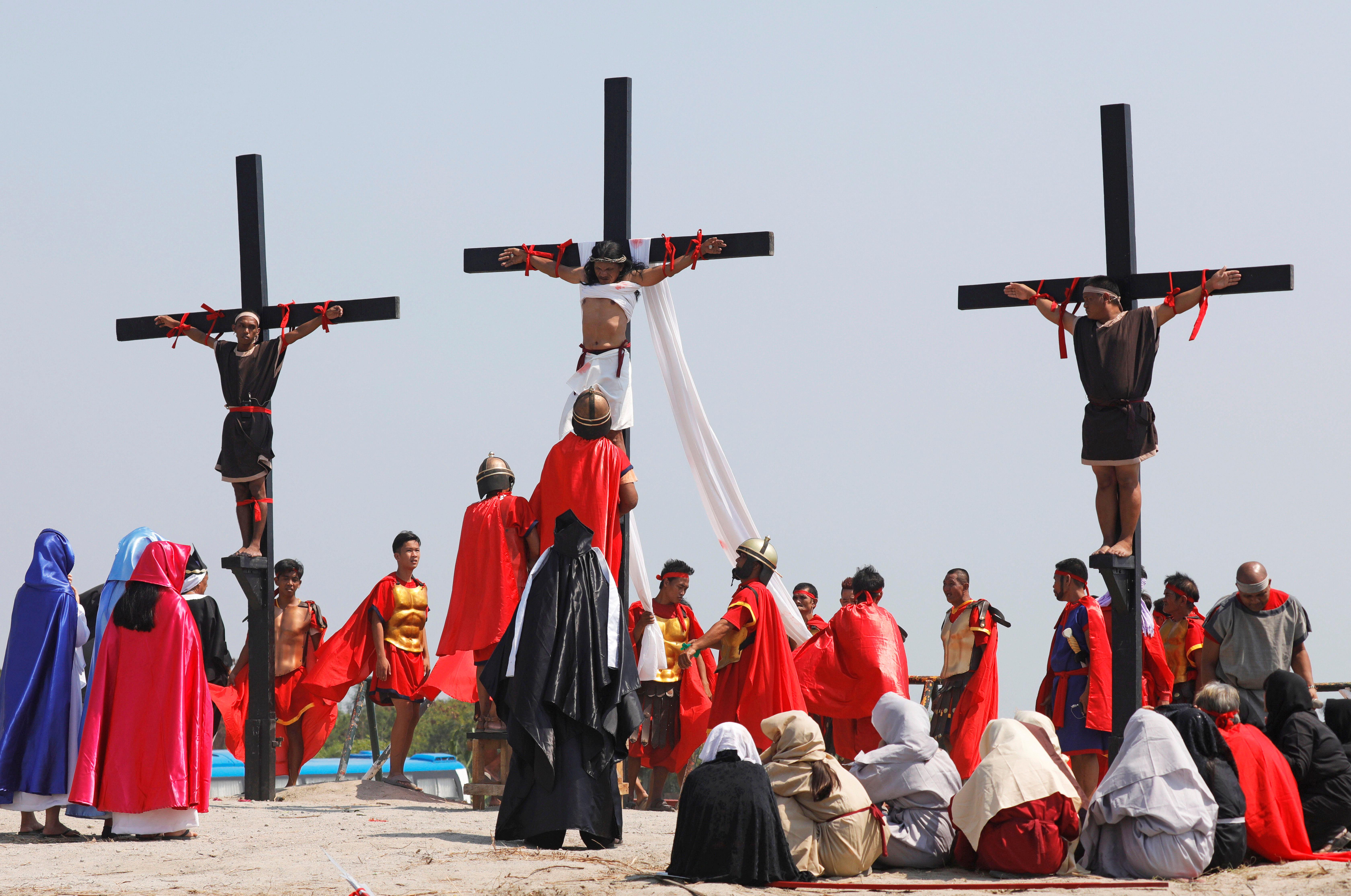 احتفالات الجمعة العظيمة فى الفلبين (1)