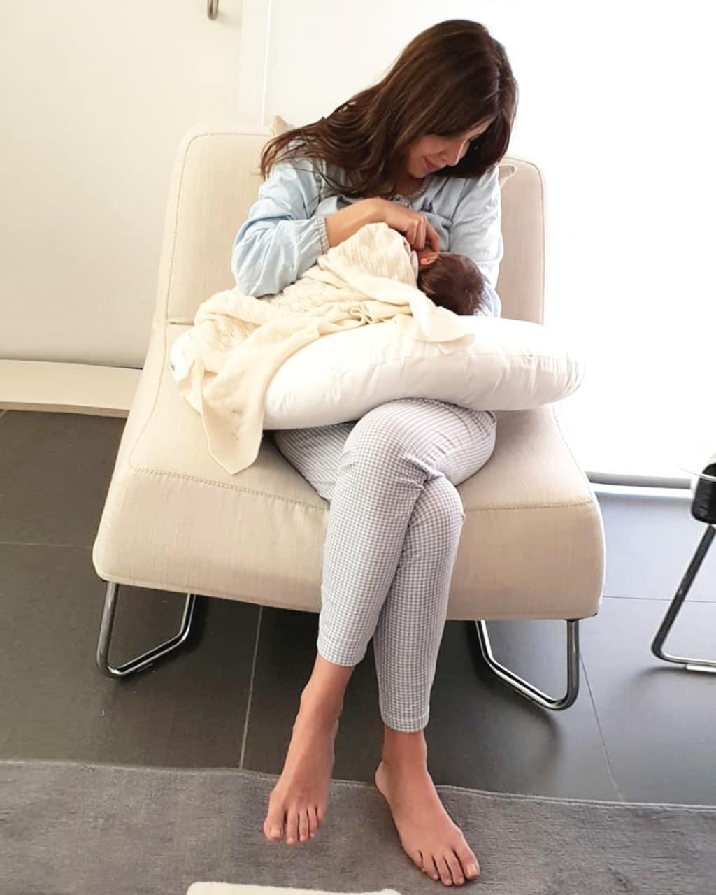 نانسى مع ابنتها ليا