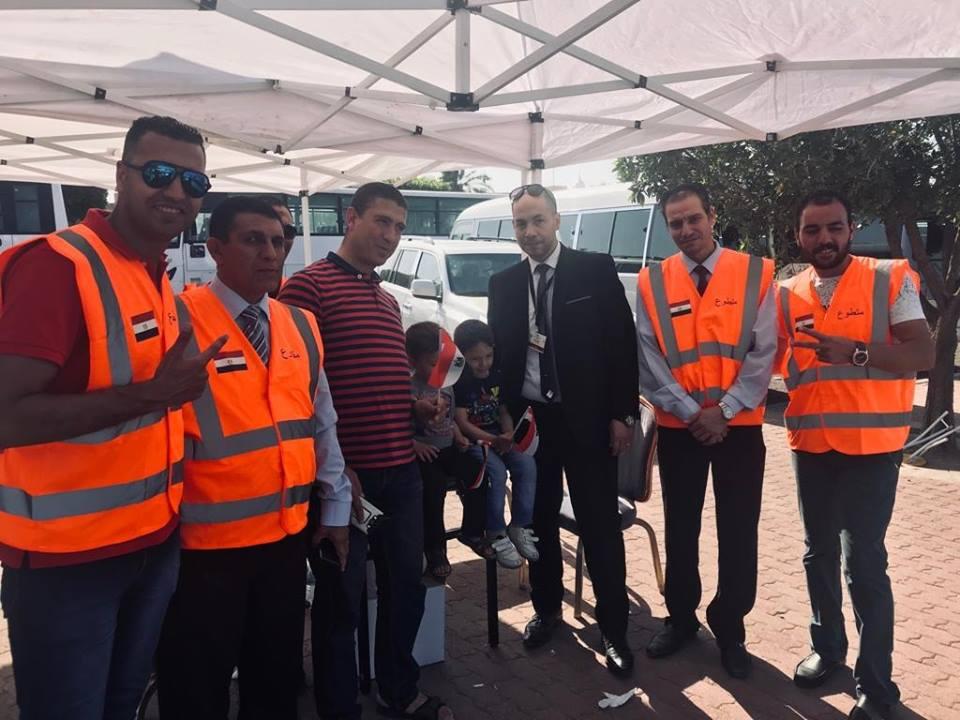 إقبال كثيف من المصريين فى الخارج على سفارة مصر فى الكويت (5)