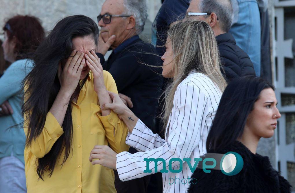 جنازة كاترينا سيكويرا بعد ولادة ابنها (5)