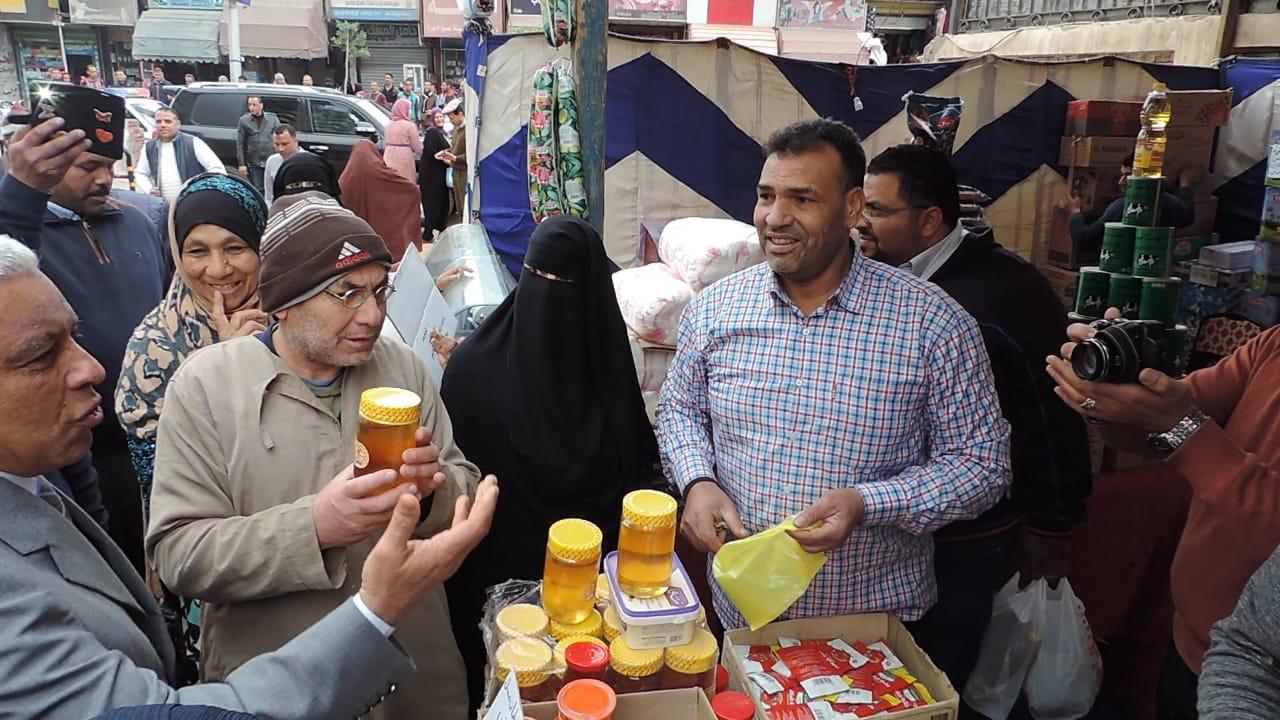 جانب من معرض كلنا واحد لمديرية امن كفر الشيخ   (4)