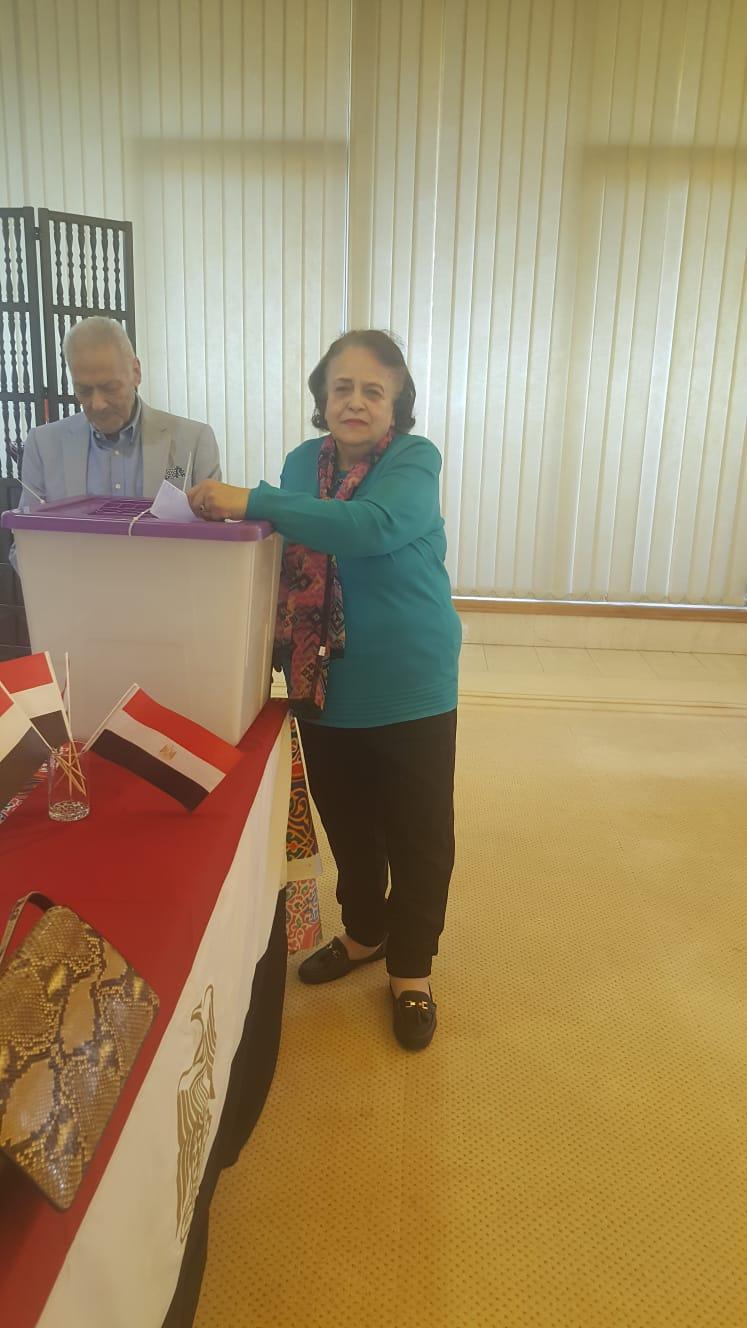 تصويت المصريون بالخارج