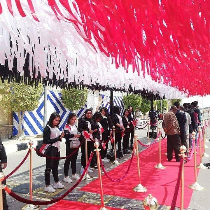 أجواء احتفالية فى مدن القاهرة الجديدة (22)