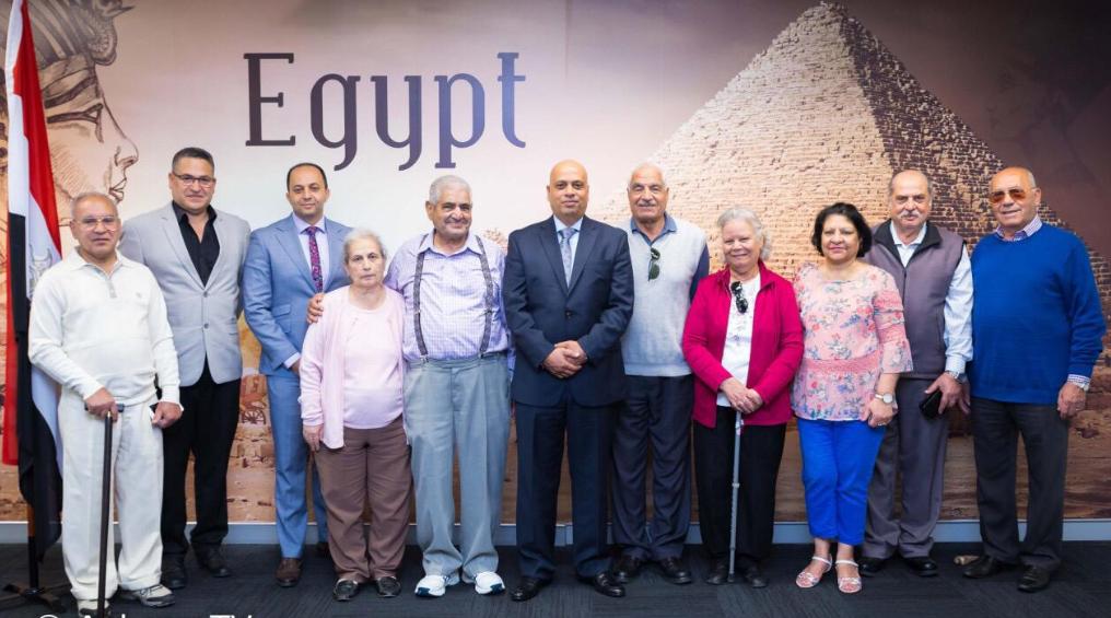 المصريون فى استراليا يشاركون فى ثانى أيام الاستفتاء