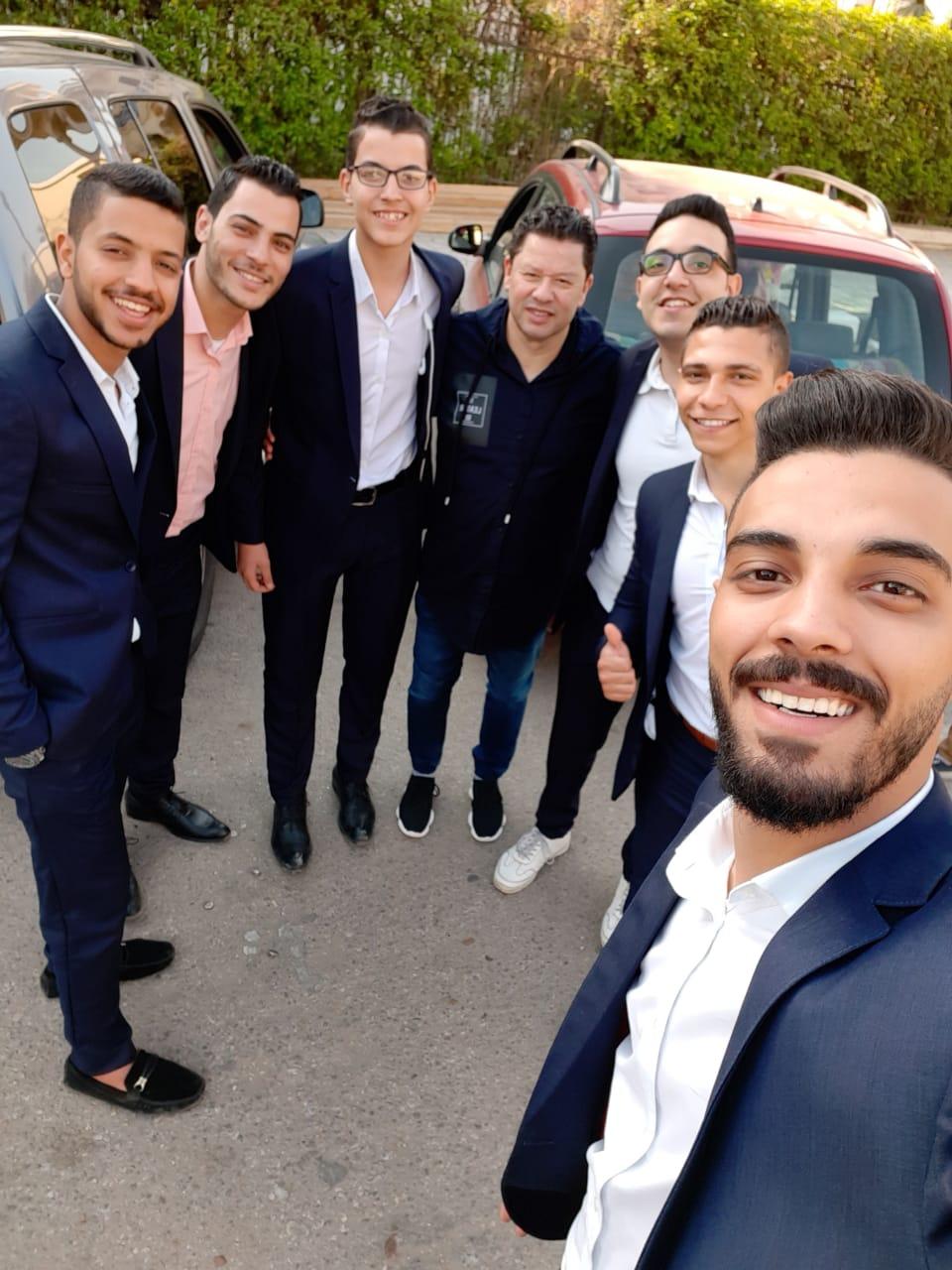 الكابتن رضا عبد العال عقب الادلاء بصوته بمصر الجديدة (4)