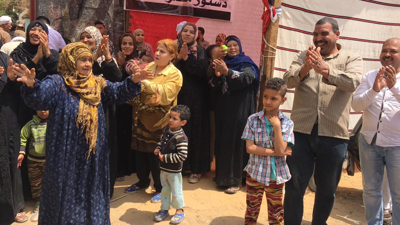 احتفالات المواطنين  (13)