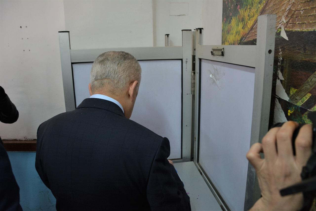 وزير التربية والتعليم يدلي بصوته في الاستفتاء على التعديلات الدستورية (2)