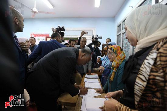 وزير الخارجية يشارك في التعديلات الدستورية (4)
