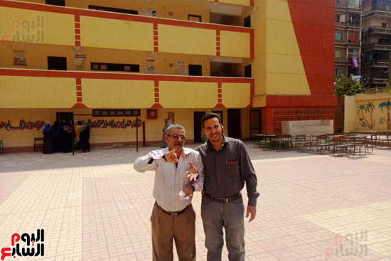 إقبال كبير للمواطنين على لجان الاستفتاء بعين شمس (1)