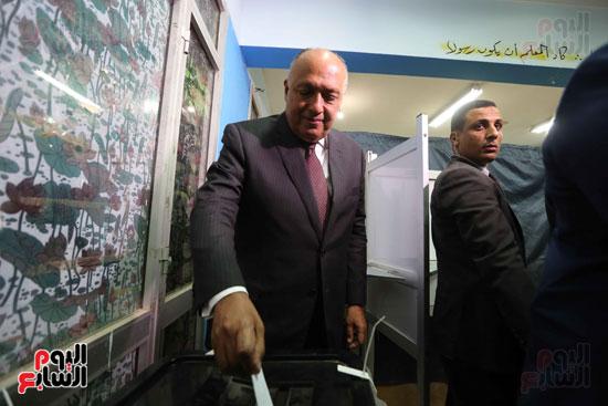 وزير الخارجية يشارك في التعديلات الدستورية (8)
