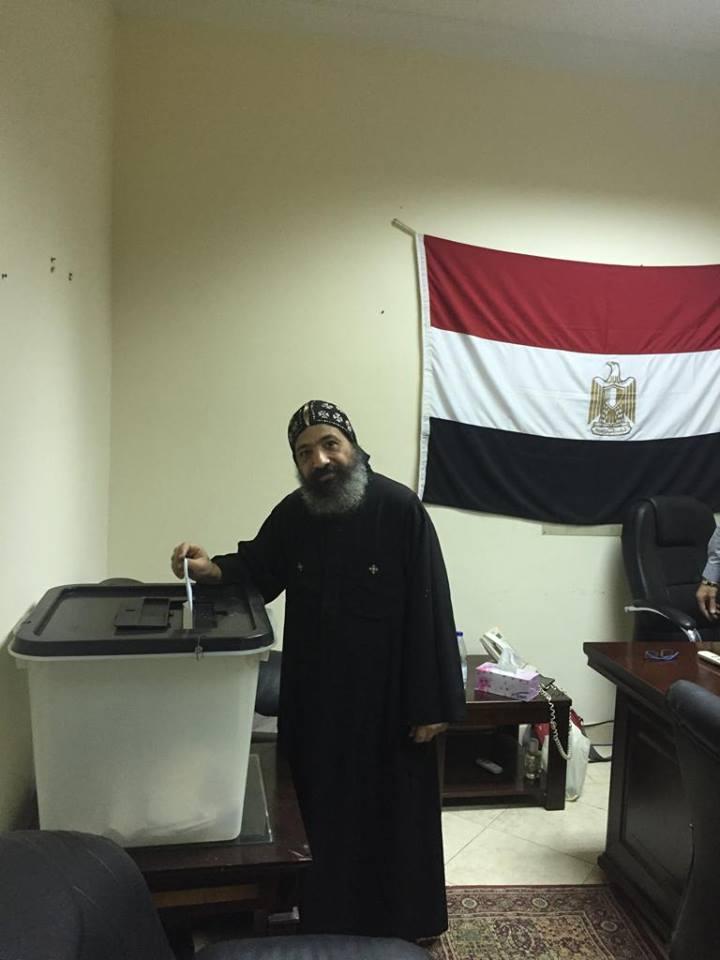 استفتاء الدستور فى سفارة مصر بالسودان