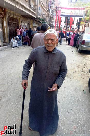إقبال كبير للمواطنين على لجان الاستفتاء بعين شمس (2)