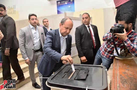 استفتاء عمرو نصار (6)
