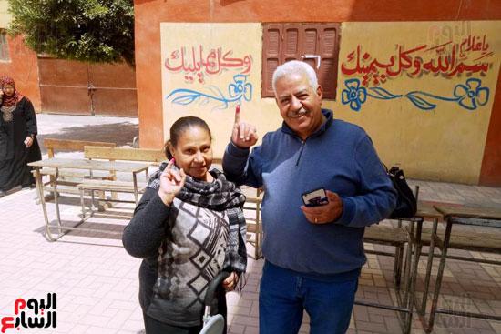 إقبال كبير للمواطنين على لجان الاستفتاء بعين شمس (5)