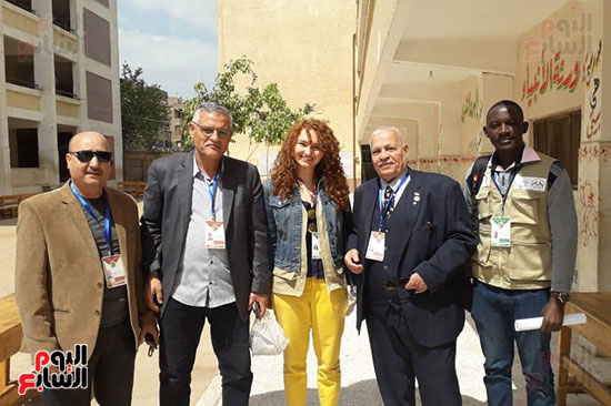البعثة الدولية لمتابعة الإستفتاء (4)