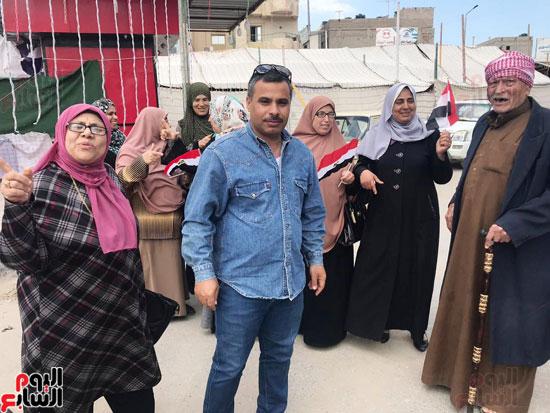 سيدات الإسكندرية يطلقن الزغاريد للدعوة للمشاركة (11)