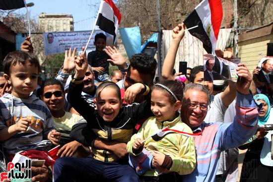 احتفالات بين المواطنين  (1)