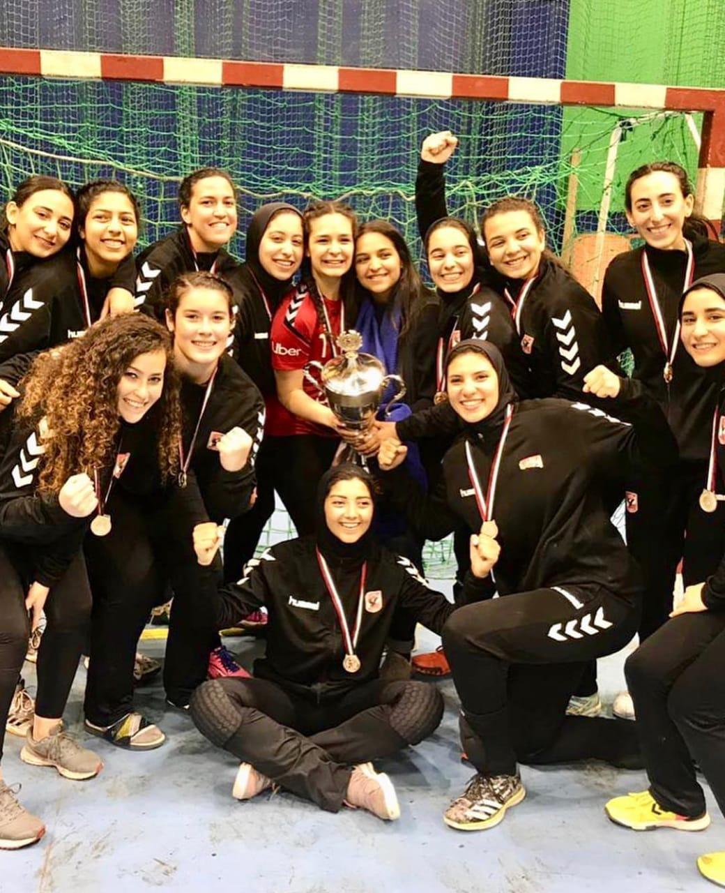 فريق الأهلى سيدات لكرة اليد (6)
