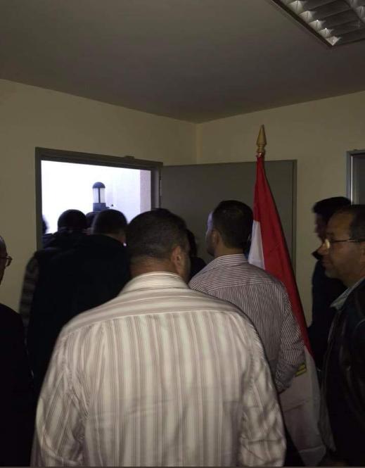 المصريون فى لبنان يواصلون التصويت فى الاستفتاء