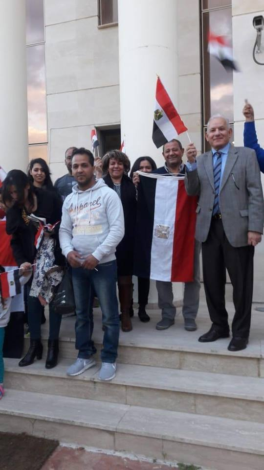 جانب من مشاركة المصريين فى الاستفتاء على الدستور