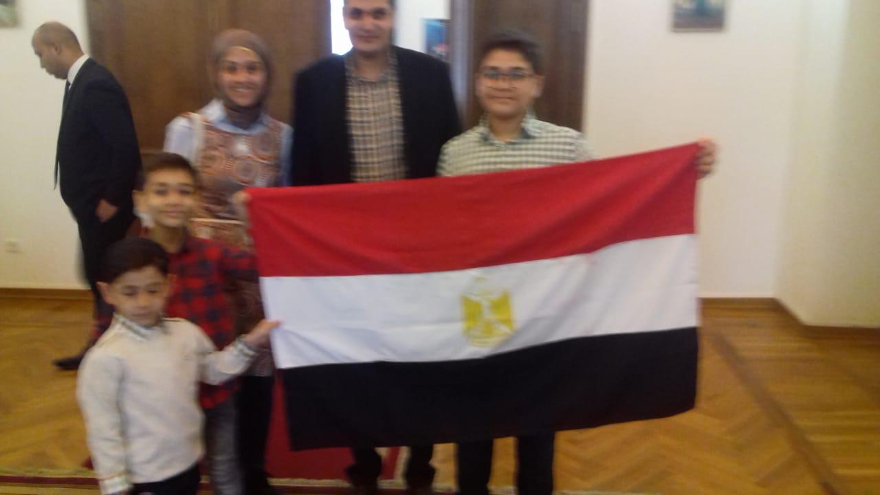 المصريون فى موسكو يواصلون المشاركة فى الاستفتاء